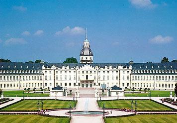 Karlsruhe_palace