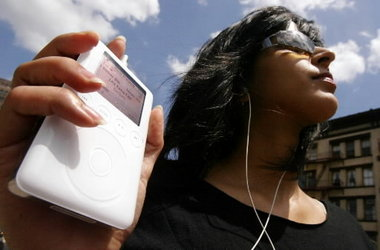 listening to ipod