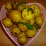 Spicy New Potatoes with Garlic