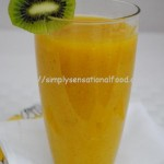Apple, Mango and Kiwi Breakfast Smoothie